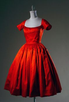 Galanos cocktail dress ca. 1955, Collection Museum at FIT