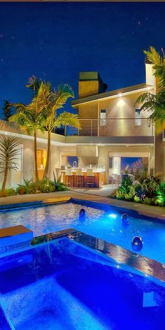 Patio and pool Frm bd: Beautiful Backyards Home Design, Interior Design, Modern Style Homes, Luxury Pools, Beautiful Pools, Dream Pools, Cool Pools, Pool Houses, Pool Designs