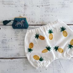 Pineapple and zebra | Embroidery