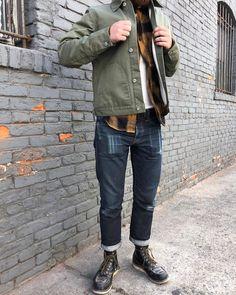 A personal favorite / Featuring / Olive Herringbone Ecru Knit Lined Supply Jacket, Gold Neppy Plaid BM Work Shirt, 15oz SKs @travisedson modeled by @lightonthecoast #rgtfam #rgtforeveryseason #rogueterritory #rgt15ozfc #supplyjacketsaturday