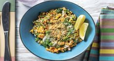 Our red pesto – made with chargrilled capsicum, sun-dried tomato, parmesan, basil and garlic – puts a fun twist on this risotto. Pesto Spinach, Red Pesto, Risotto Recipes, Veggie Rice Bowl, Vegetable Stock Cubes, Lemon Green Beans, Hello Fresh Recipes, Bean Enchiladas