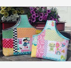 Improv Bag Pattern featuring Dream And A Wish by Sandra Workman for Riley Blake Designs #iloverileyblake #dreamandawish #princessfabric #rileyblakedesigns #sandraworkman