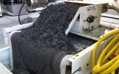 MicronfilterUSA Kalamit Magnetic Coolant Filter removing ferrous solids from a grinding operation.