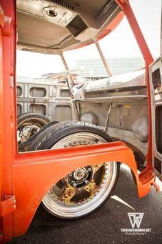 Classic Car News – Classic Car News Pics And Videos From Around The World Vw T1 Camper, Volkswagen Transporter, Motor Kombi, Combi Vw T2, Vw T1 Samba, Kombi Pick Up, Vw Vintage, Vw Cars, Custom Vans