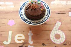 Feest op de tafel! Als je kijkt op www.tafelziel.nl (ziel ja, geen zijl) dan zie je nog veel meer ideetjes en je kunt gelijk bestellen :-)