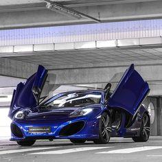 Damn! Sexy Blue McLaren MP4-12C