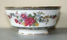Paragon Tree of Kashmir Sugar Bowl, Fine bone china c1960s