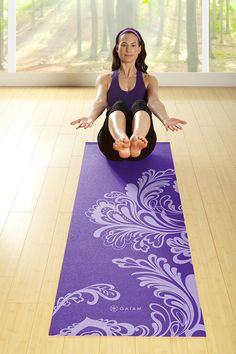 Gaiam Yoga Mat Classic Print Non Slip Exercise & Fitness Mat for All Types of Yoga, Pilates & Floor Workouts, Chakra, Samadhi Yoga, Power Yoga Poses, Mat Exercises, Floor Exercises, Jnana Yoga, Floor Workouts, Types Of Yoga, Yoga Lifestyle, Yoga Everyday