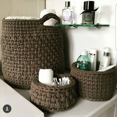 61 Ideas home decored diy storage baskets Crochet Basket Pattern, Knit Basket, Crochet Patterns, Crochet Baskets, Love Crochet, Diy Crochet, Yarn Projects, Crochet Projects, Crochet Storage