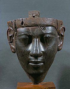 EGYPT SCULPTURE 2ND-1ST MILL.BCE  Male funeral mask from a sarcophagus. Hardwood sculpture (11th-8th BCE) 3rd Intermediate Period, Egypt.