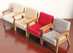 make scale doll furniture Miniature Chair, Miniature Dollhouse Furniture, Miniature Crafts, Miniature Rooms, Diy Sofa, Sofa Design, Interior Design, Barbie Furniture, Furniture Sets