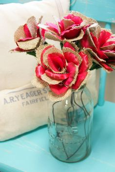 Adding flower petals to the burlap roses?!? I like!