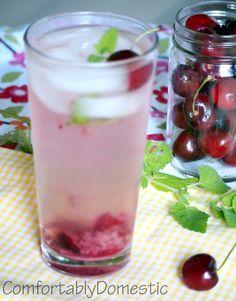 Traverse City Cherry Mojitos via Comfortably Domestic #CherryOXO