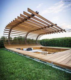 Beautiful modern pergola shading a sunken seating area Landscape Architecture, Interior Architecture, Landscape Design, Landscape Sketch, Outdoor Spaces, Outdoor Living, Design Exterior, Design Jardin, Backyard Landscaping