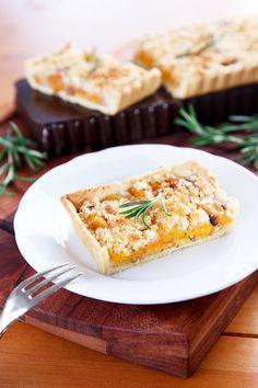 Meruňkový koláč s rozmarýnovou drobenkou Tarts, Cake, Mince Pies, Pies, Kuchen, Torte, Cookies, Cheeseburger Paradise Pie, Tart