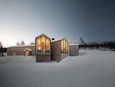 Project Name: Split View Mountain Lodge.