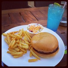 The Queen's Burger... Mouthwatering! @crepawayjo #crepawayjo