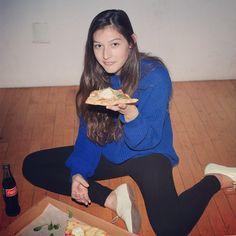 Pizza break with Alex. #aamodels #Alex #AmericanApparel #pizza