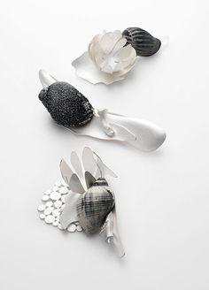 Leslie Matthews : : sterling silver, sterling silver blackened, shell, bone