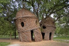 Organic Architecture: Houses Woven Out Of Sticksby Patrick Dougherty