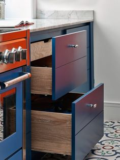 Sims Hilditch Contemporary Kitchens.  Inner drawers