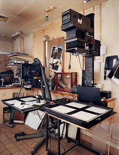 Analog - Last One Out, Please Turn On The Light  A survey of London's remaining professional darkrooms, 2006–2010 by Richard Nicholson