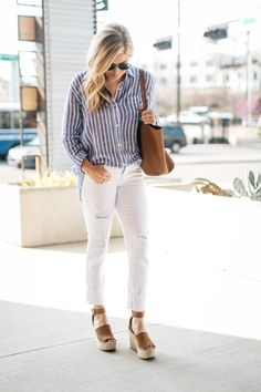 Casual striped shirt with white denim Blue And White Striped Shirt, White Pants, White Denim, Stitch Fix Outfits, Fix Clothing, Look Formal, Stripped Shirt, Look Girl, Stitch Fix Stylist
