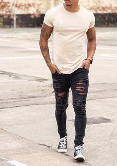 #fashion #menswear #mensfashion #mensoutfits #streetstyle #streetwear #vans #converse #streetfashion #fashstop #jeans #rippedjeans #denim #shirts #denimshirt #jacket #hoodie #boots #tee #Shorts #Summer #abs #tattoos Rock Outfits, Summer Outfits, Fashion Outfits, California Style Outfits, Cali Style, Outfit Man, Urban Fashion, Mens Fashion, Male Model