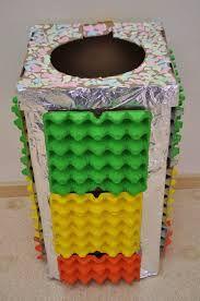Renkli geri dönüşüm kutusu - Yumurta kolileri kullanılarak yapılabilecek çok güzel bir etkinlik.
