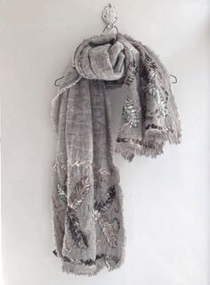 Scarf. Hippie gypsy boho bohemian style. For more follow www.pinterest.com/ninayay and stay positively #pinspired #pinspire @ninayay