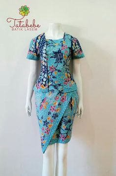 Batik Kebaya, Kebaya Dress, Blouse Dress, Model Dress Batik, Batik Dress, Batik Fashion, Ethnic Fashion, Dress Batik Kombinasi, Blouse Batik