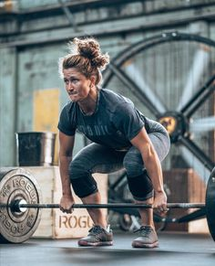 you me & da sea Crossfit Lifts, Crossfit Body, Crossfit Women, Crossfit Motivation, Crossfit Athletes, Fitness Motivation Quotes, Crossfit Photography, Fitness Photography, Kickboxing Workout