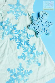 Easy DIY FROZEN-inspired shirt! Found the perfect snowflake stamp, Snowflake 04 for $3.99 at Hobby Lobby.
