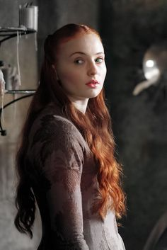 Game of Thrones' Sophie Turner 'deeply misses' playing Sansa Stark and would 'go back in a heartbeat' Game Of Thrones Sansa, Game Of Thrones Episodes, Game Of Thrones Series, Casa Stark, House Stark, Sansa Stark Death, Photo Games, King's Landing, Beautiful Costumes