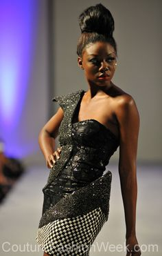 Sai Suman Couture Fashion Show New York 2013 Collection Printemps 2013 #saisuman #mode #fashion #women #femmes #printemps2013 #newyork #couturefashionshow #couture #robe #robenoire