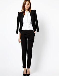 El traje de chaqueta, la eterna elegancia