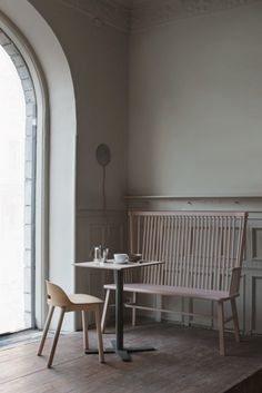 This good looking café Pom & Flora just opened its doors in Stockholm. The building has these beautiful old panel walls, which are perfectly balanced with soft wood furniture and a greige wall color. Cafe Restaurant, Restaurant Design, Interior Styling, Interior Design, Café Bar, Commercial Interiors, Scandinavian Interior, Interior Inspiration, Decoration