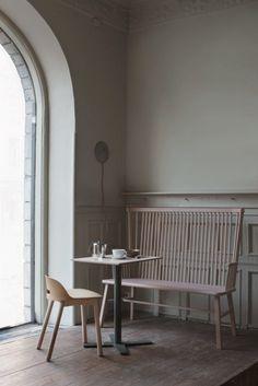 Pom & Flora café - via Coco Lapine Design