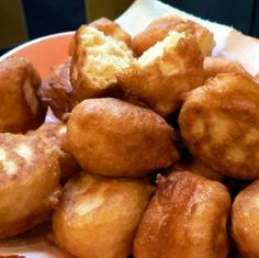 Fánk pillanatok alatt / Donuts in seconds Hungarian Recipes, Hungarian Food, Pretzel Bites, Donuts, Cake Recipes, Good Food, Favorite Recipes, Bread, Health