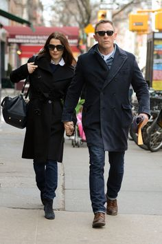 Rachel Weisz and Daniel Craig Bring the PDA as They Prepare For Broadway | Pictures