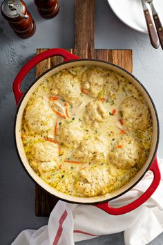 Homemade Chicken and Dumplings Recipe: my families favorite easy chicken and dumplings recipe with big fluffy dumplings that are made from scratch in minutes! #ChickenAndDumplings #Dumplings #ComfortFood #Chicken #ChickenSoup #Soup #Dumplings #SouthernFood