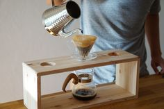 Coffee Drippers And Pour Over Coffee Makers: Hario & Chemex Coffee Carts, Coffee Shop, Wooden Projects, Wood Crafts, Coffee Pour Over Stand, Brew Stand, Japanese Drinks, Brew Bar, Coffee World