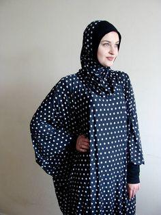 Polka Dot Maxi Dresses, Plus Size Maxi Dresses, Pattern Dress, Dress Patterns, Abaya Fashion, Fashion Outfits, Instant Hijab, Moslem Fashion, Modern Hijab