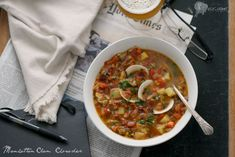 This Manhattan Clam Chowder is laden with clams and chunks of potato nestled in a tomato-based broth with a hint of underlying heat, and a bit of smokiness lent by the addition of bacon. Clam Chowder Recipes, Seafood Recipes, Cooking Recipes, Snack Recipes, Manhattan Clam Chowder, Fluffy Dinner Rolls, Honey Salmon, Olive Bread, Ribs