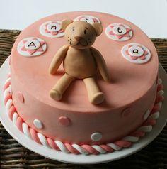 Anita's vanilla birthday cake with chocolate ganache filling  http://passionecupcakes.blogspot.it/