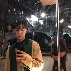 ✧・゚. bananamurlk ✧* Ikon Songs, Ikon Member, Kim Jinhwan, Ikon Kpop, Ikon Debut, Ikon Wallpaper, K Idol, Korean Music, Kpop Aesthetic