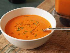 Creamy Tomato Soup (Vegan) Recipe by Serious Eats . substitute true sourdough bread for a better experience! Vegan Tomato Soup, Tomato Soup Recipes, Vegan Soup, Tomato Soup From Scratch, Vegetarian Recipes, Cooking Recipes, Food Lab, Serious Eats, Blenders