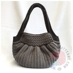 Audrey Hobo Bag Crochet Pattern 01
