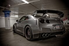 gtr... Look at that sexy beast!!!