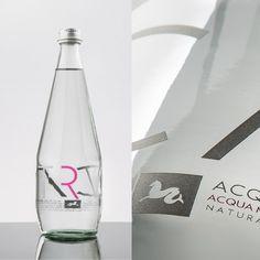 International Job offers and awards by Agence Marc Praquin International Jobs, Job Posting, Job Offer, Design Awards, Cool Designs, Packaging, Eye, Bottle, Flask